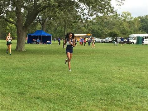Gabby Are competes at the Illiana Christian Invite