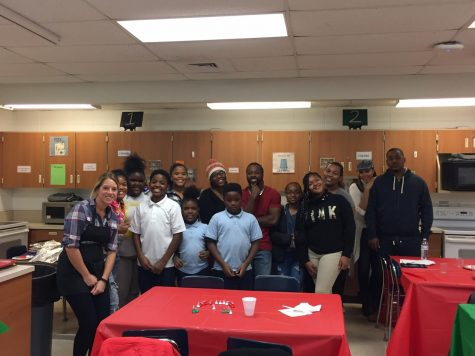 Hillcrest Teacher Hosts Family Cook Night